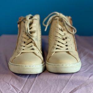 Sketcher girls sneakers